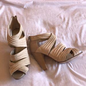 Seychelles Size 8.5 Shoes